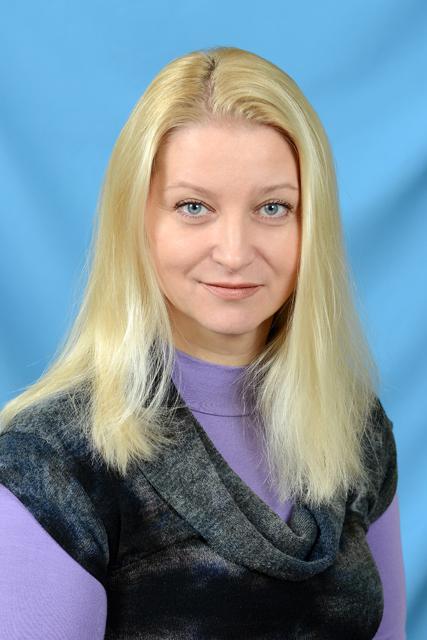 Коваль Еліна Германівна